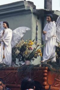 Les anges en procession