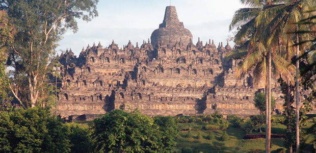 Le temple de Borobudur dans l'île de Java