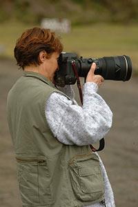 Mania Dequidt photographie son baroudeur de mari, Paul Dequidt.