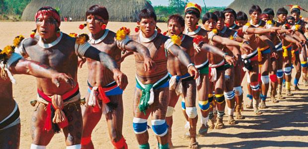 Cérémonie des funérailles en Amazonie : le Kuarup