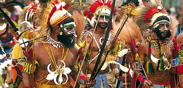 Le grand Sing Sing de Goroka - 2001
