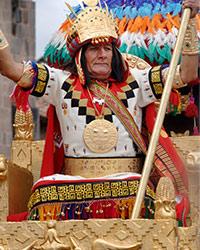 L'Inca, prêtre suprême, fils du Soleil