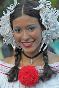 """Jolie jeune fille à la """"feria del café"""" au Panama"""