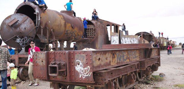 Un tas de débris ferroviaires