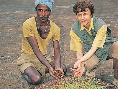 mania-dequidt-negociant-tri-cafe-inde-1999