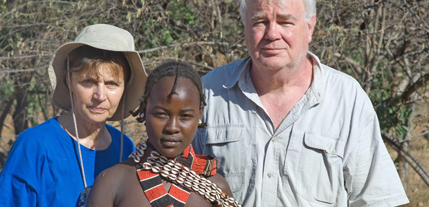 Mania et Paul sur la route de Turmi avec une bergère Hamer