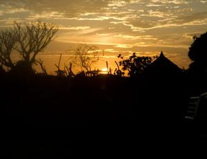 La nuit tombe à Dimeka