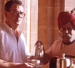 Paul Dequidt déguste le café du Maharadjah de Jodphur