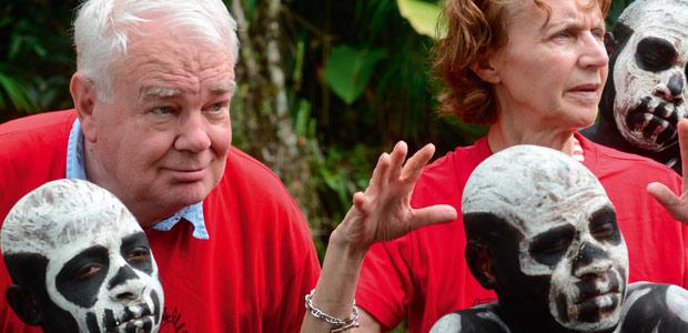 Mania et Paul chez les hommes-squelette de Papouasie
