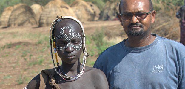 Solomon et jeune fille Mursi